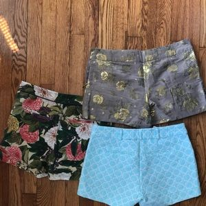 Lot of 3 shorts patterned shorts